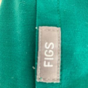 FIGS Hunter Green Scrub Set Medium